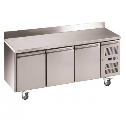 Table réfrigérée 3 portes avec dosseret GN3200TN